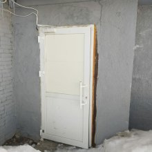 Установка двери противопожарные и внутренняя отделка п. Парма, ТЦ Планета